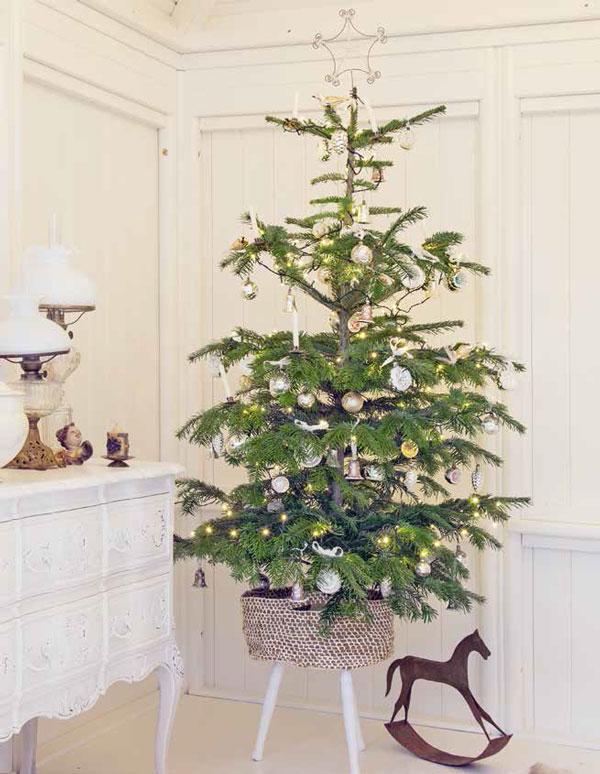 Korb für den Weihnachtsbaum